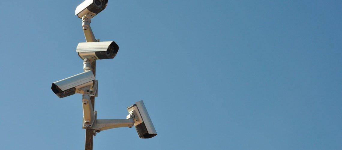 surveillance-camera-3137102_1280